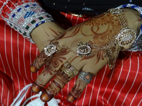 Henna Hände