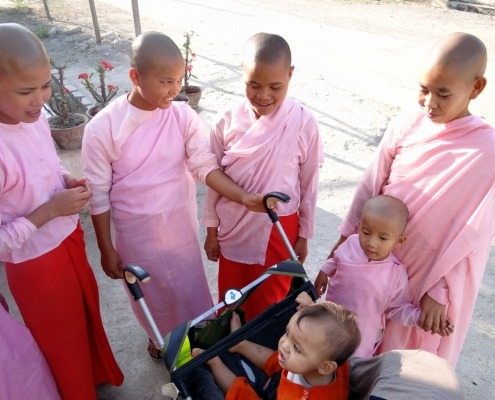 Myanmar_Kindernonnen